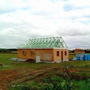 Sedlová nebo valbová střecha